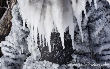Surfanje zimi (Foto: Facebook/Devon Hains Photography) - 17