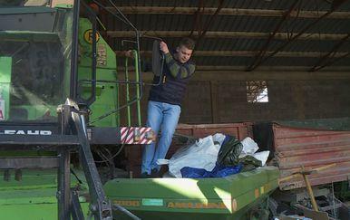 Traktor na imanju (Foto: Dnevnik.hr) - 2