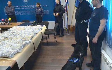 Dubrovačka policija o zapljeni 60 kilograma marihuane (Foto: Dnevnik.hr)