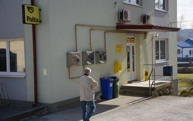 Pljačka pošte u Siraču (Foto: Pixsell, Damir Spehar) - 4