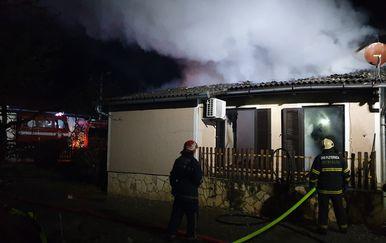 Vatrogasci na intervenciji u Novoselcima (Foto: pozega.eu) - 5