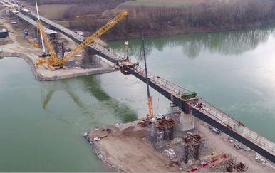 Mostovi koji nikamo ne vode (Foto: Dnevnik.hr) - 2