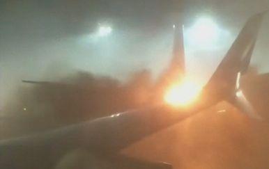 Sudar aviona na pisti u Kanadi (Screenshot Reuters)