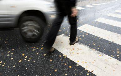Auto naletio na pješaka (Ilustracija: Guliver/Thinkstock)