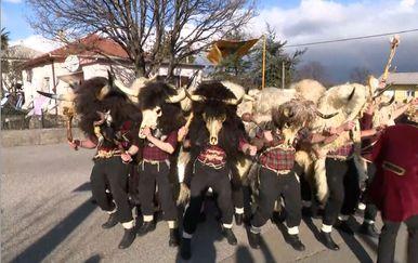 Dondolaši otvorili karnevalsku sezonu (Foto: Dnevnik.hr)