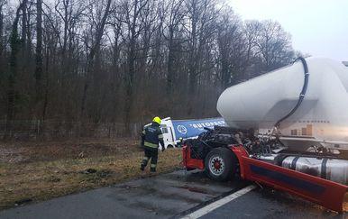 Sudar na autocesti (Foto: VZG Novska) - 2