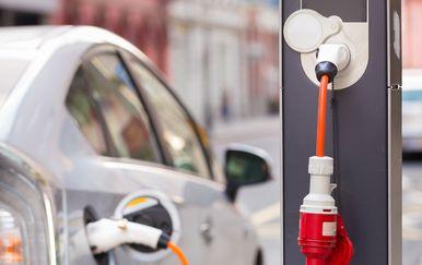Električni automobil (Foto: Thinkstock)