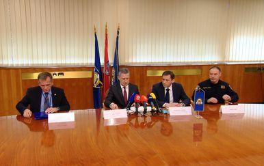 Konferencija za novinare, policija (Dnevnik.hr)