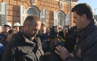Radnik održao bukvicu Hrvoju Markulinčiću iz Uljanika (Foto: Dnevnik.hr)