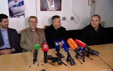 Milan Bandić na konferenciji za novinare (Foto: Dnevnik.hr)