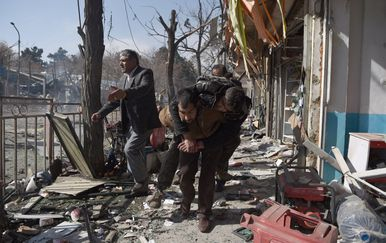 Saomubilački napad u Kabulu (Foto:AFP)