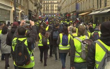 Prosvjed u Parizu (Foto: screenshot/Reuters) - 2