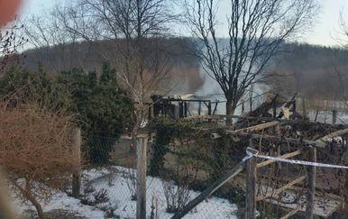 Kuća sedmeročlane obitelji potpuno je izgorjela (Foto: požega.eu)