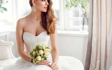 Imati savršenu frizuru ženama je jako bitno na dan vjenčanja