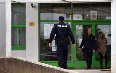 Domar se u ponedjeljak zaključao u školi (Foto: Hrvoje Jelavić/PISXELL) - 6