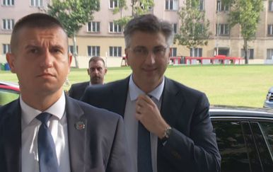 Sve više podrške Andreju Plenkoviću - 1