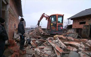 Mještani obnavljaju kuću u Strašniku - 2