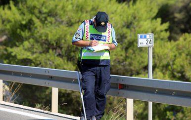 Prometni policajac, arhiva (Foto: Dusko Jaramaz/PIXSELL)