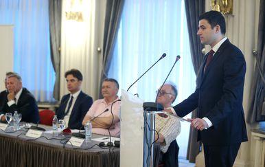 Davor Bernardić (Foto: Dalibor Urukalovic/PIXSELL)