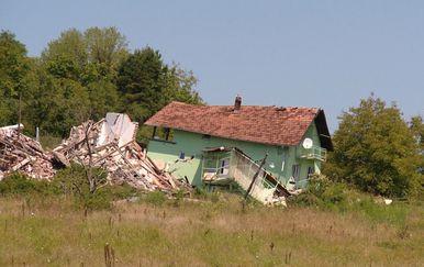 Novo obećanje za obitelji iz Kostajnice (Foto: Dnevnik.hr) - 4