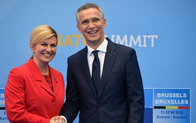 Kolinda Grabar-Kitarović i glavni tajnik NATO-a Jens Stoltenberg (Foto: AFP)