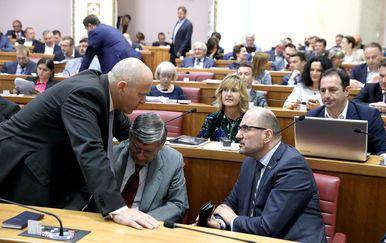 Glasanje u Saboru uvijek ispuni sabornicu (Foto: Patrik Macek/PIXSELL)