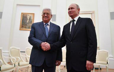 Vladimir Putin i Mahmoud Abbas (Foto: AFP)