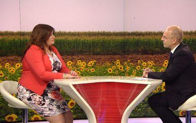 Mislav Bago razgovara s ministricom regionalnog razvoja Gabrijelom Žalac (Foto: Dnevnik.hr) - 1