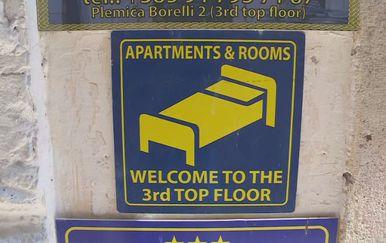 Znak za apartmane (Foto: Dnevnik.hr)