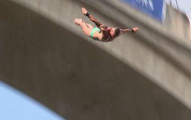 Održano natjecanje u skokovima sa Starog mosta u Mostaru (Foto: Dnevnik.hr)