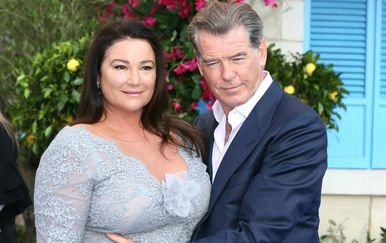 Keely Shaye Smith i Pierce Brosnan - 2