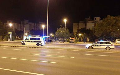 Automobil naletio na pješaka u Zagrebu (Foto: Dnevnik.hr) - 5
