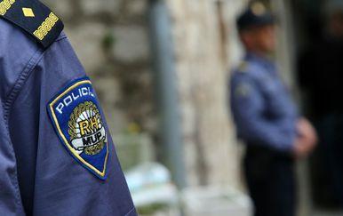 Policajac, ilustracija (Foto: Pixsell,Ivo Cagalj)