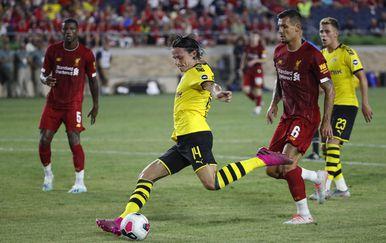Lovren u prijateljskoj utakmici protiv Borussije (D) (Foto: AFP)