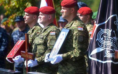 Posljednji ispraćaj skupnika Josipa Briškog (Foto: MORH) - 7