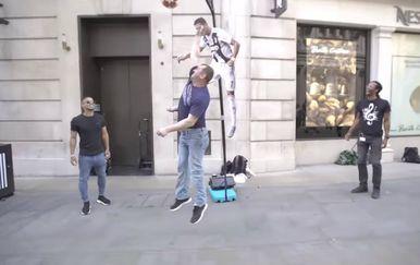 Ronaldov izazov (Foto: Screenshot)