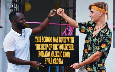 Romano Malečić osam mjeseci proveo je u Tanzaniji - 6
