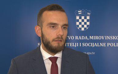 Josip Aladrović, ministar rada
