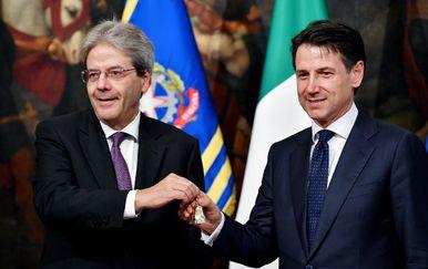 Sergio Mattarelle i Giuseppe Conte (Foto: AFP)