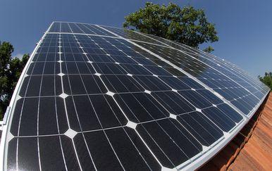 Solarni paneli (Foto: Arhiva/Dino Stanin/PIXSELL)