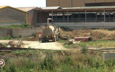 Stanovnici Kuševca ne mogu disati zbog gnoja s obližnjih farmi (Foto: Dnevnik.hr) - 9
