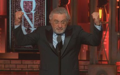 Robert de Niro na dodjeli Tonyja (Screenshot: Reuters)