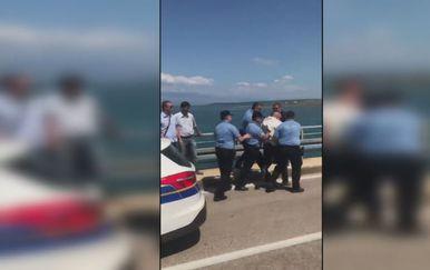 Policija privela načelnika Općine Vir (Foto: Dnevnik.hr)