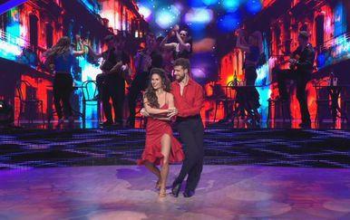 Ples sa zvijedama: Viktorija Đonlić Rađa i Marko Mrkić (Foto: Dnevnik.hr) - 1