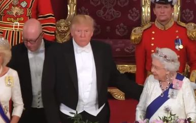 Donald Trump i kraljica Elizabeta (Foto: Youtube Screenshot)