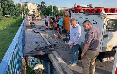 MIlan Bandić obišao radove na Savskom mostu (Foto: Facebook/Milan Bandić Gradonačelnik Zagreba) - 3