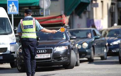 Regulacija prometa (Foto: Ivo Cagalj/PIXSELL )