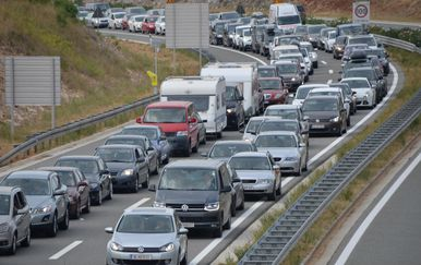Gužva na prometnicama (Foto/Arhiva: Dusko Marusic/PIXSELL )