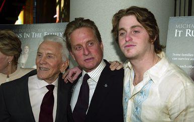 Cameron, Kirk i Michael Douglas (Foto: Getty Images)