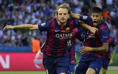 Ivan Rakitić i Neymar (Foto: AFP)